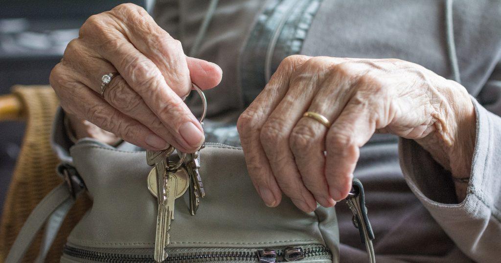 Выход на пенсию стал наказанием