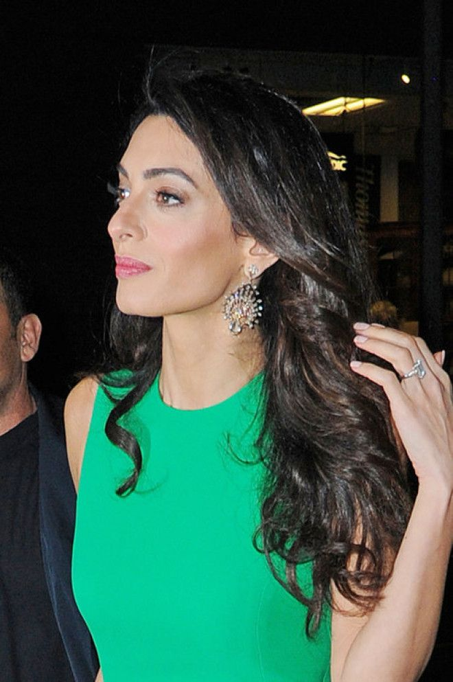 Как правильно носить серьги: 5 модных советов от великолепной Амань Клуни