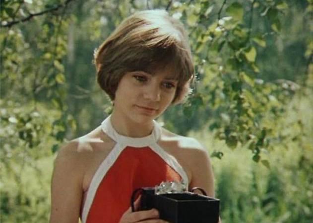 10 претенденток на роль Алисы Селезнёвой для фильма -Гостья из будущего-