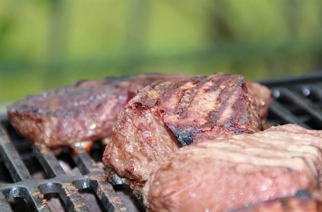 Прекращаем есть мясо: как изменяется организм